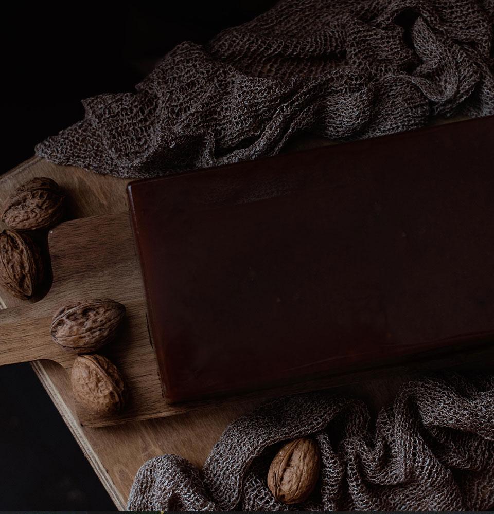 carne-membrillo-artesana-nueces-02-960x1000