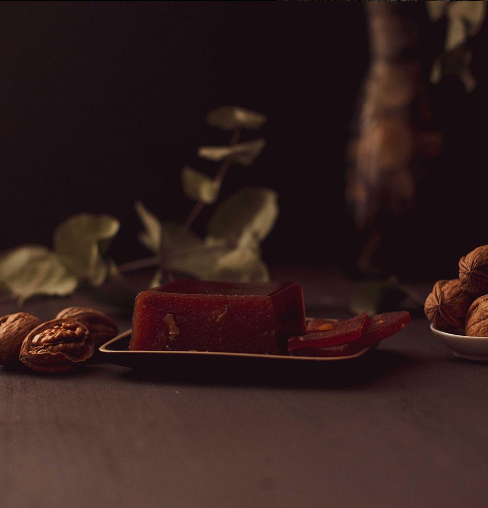 carne-membrillo-artesana-nueces-03-960x1000